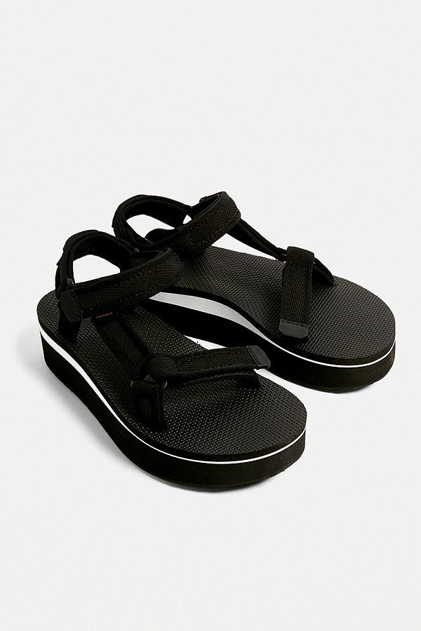 21cd0a4279d1 Slide View  1  Teva Universal Black Mesh Flatform Sandals