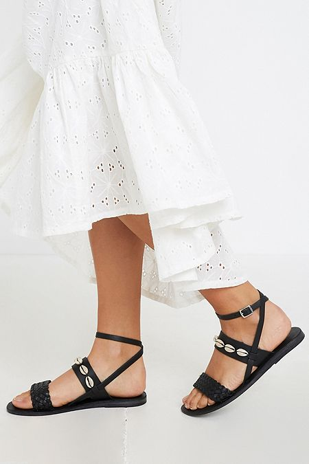 59232a68704200 UO Shelly Shell Leather Sandals