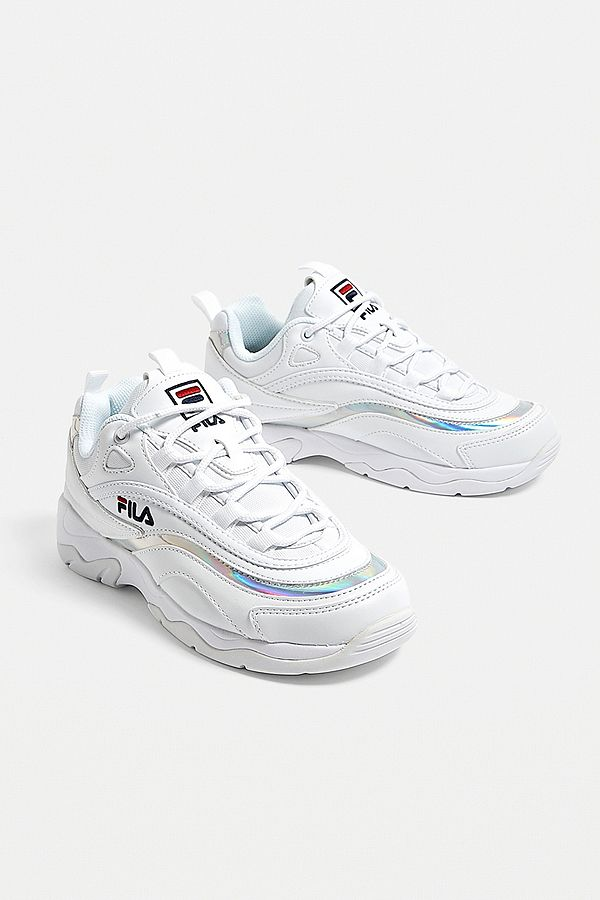 ab447b2d9656 Slide View  1  FILA Ray Silver Trainers
