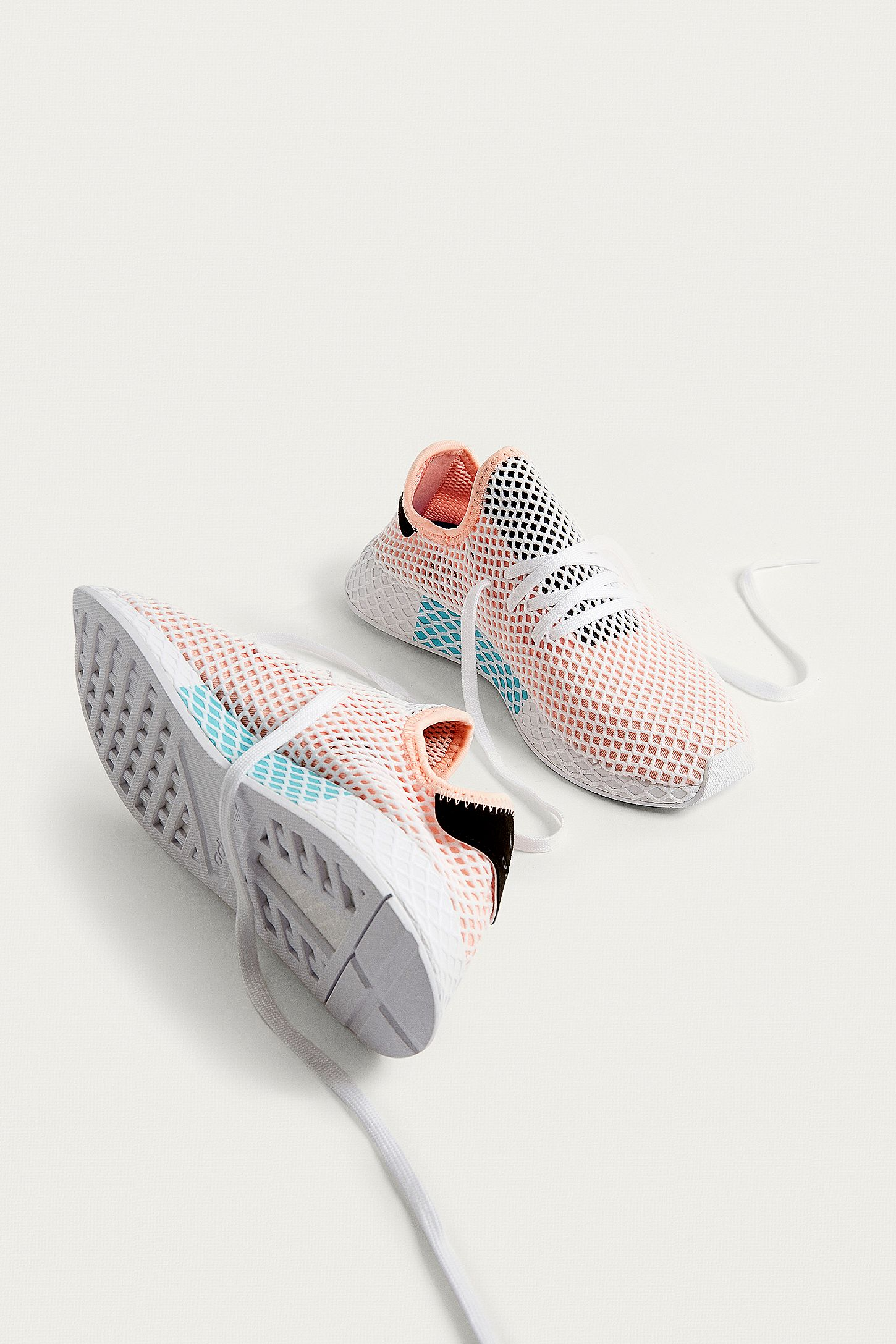 Adidas Peach Running And White TrainersUrban Originals Deerupt DIH2WE9Y