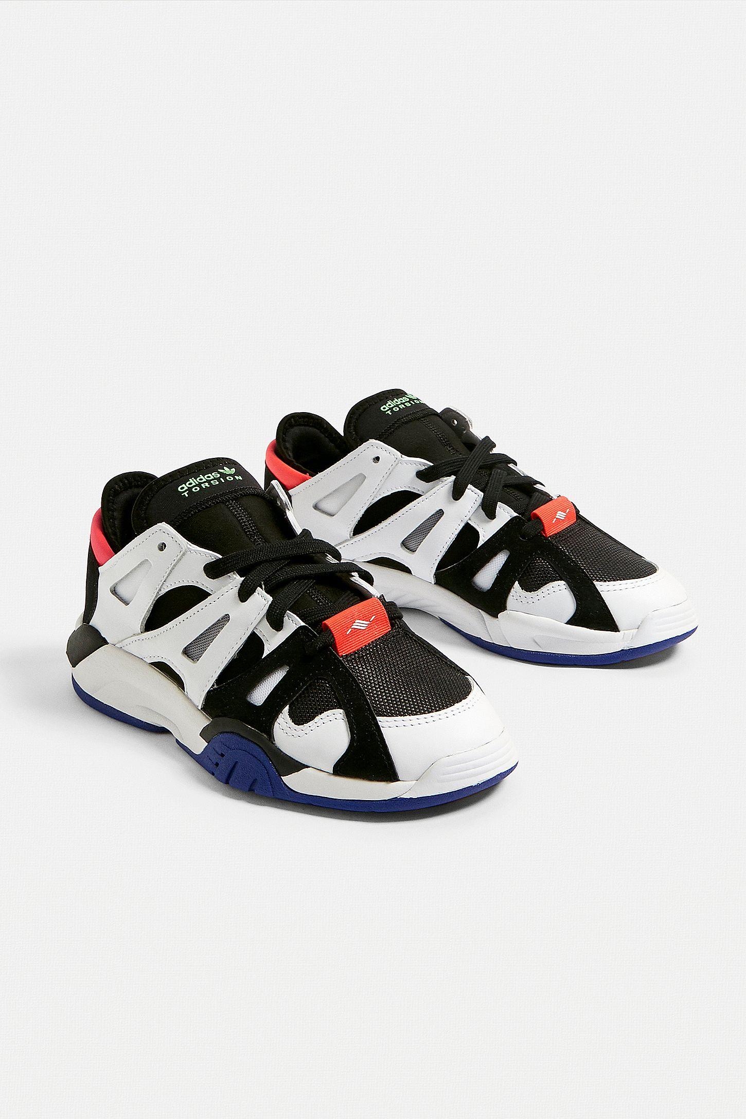 adidas originals low trainers