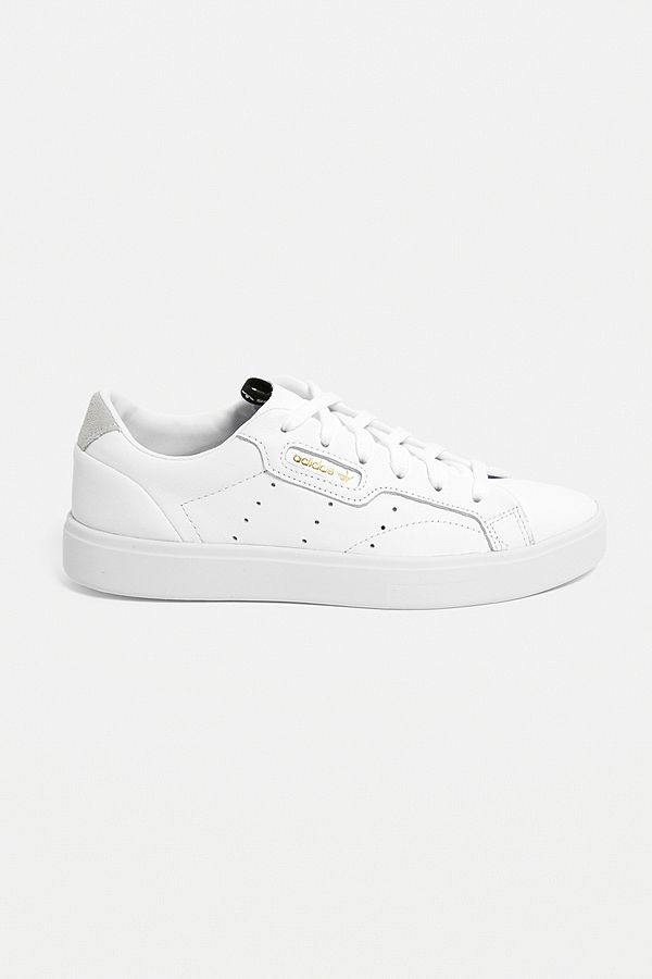 2277c6b8b adidas Originals Sleek White Trainers | Urban Outfitters UK