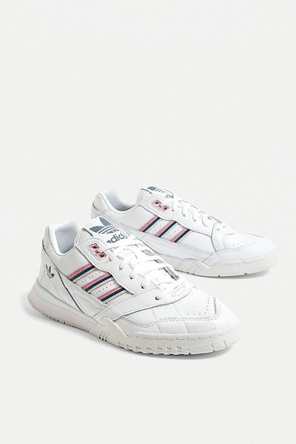 aliexpress pensamientos sobre mejor valor adidas Originals A.R. White Trainers | Urban Outfitters UK