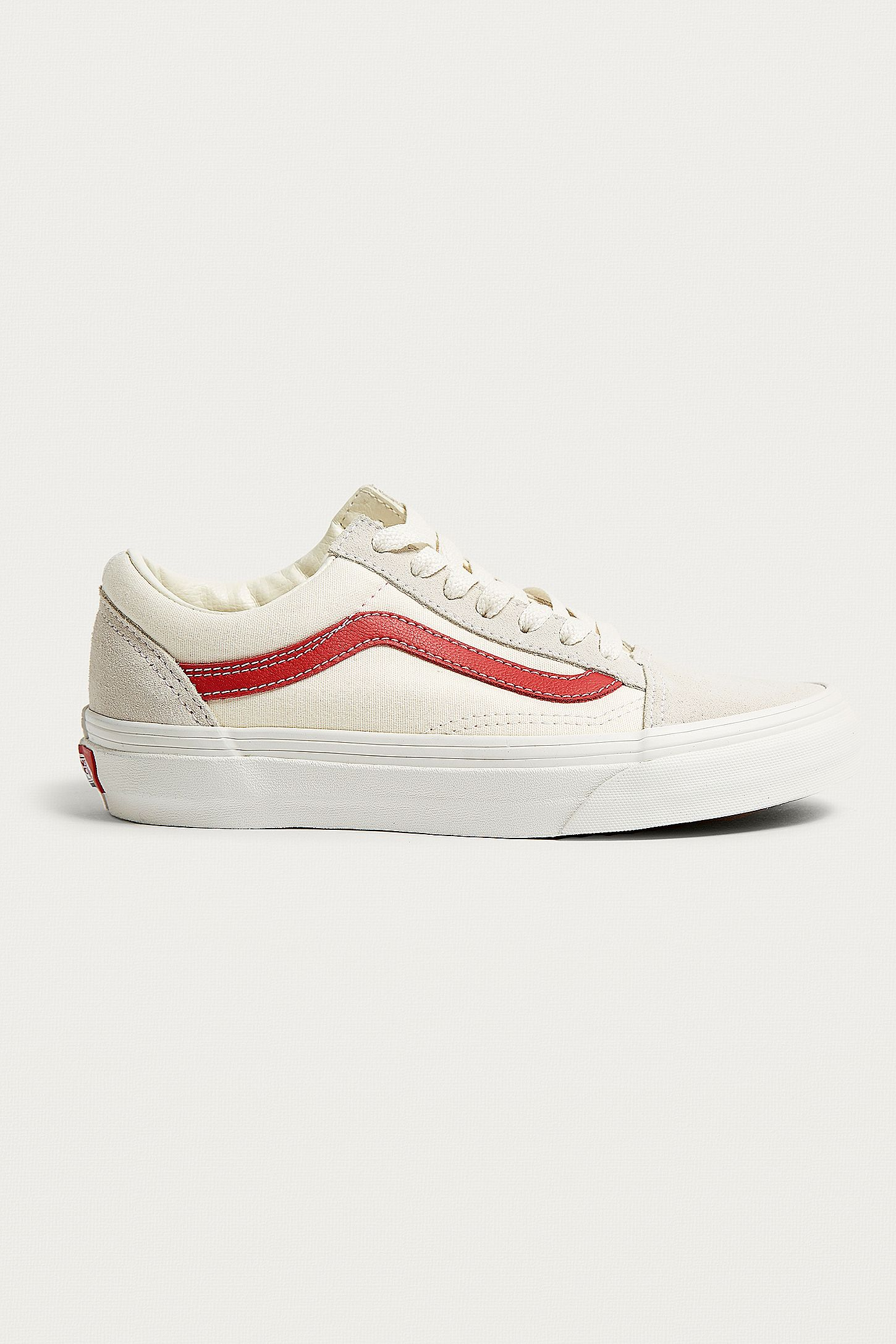 35392d560b26fb Vans Old Skool White and Red Trainers