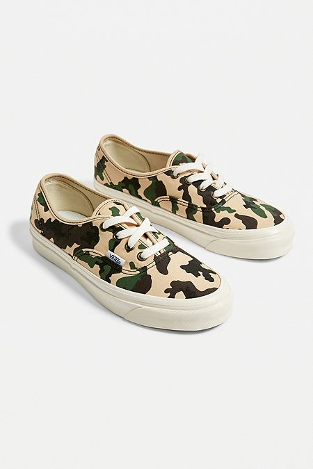 7bb3a4f423 Vans Anaheim Authentic 44 DX Camo Trainers
