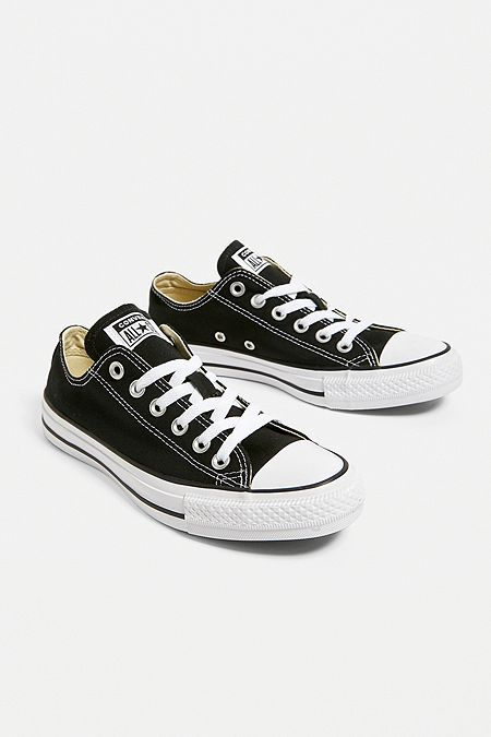 8d24b1e0ee1a Converse Chuck Taylor All Star Low Top Trainers