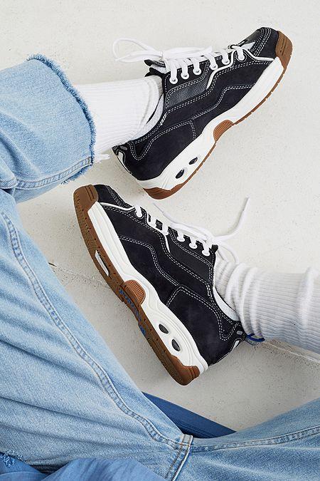 Globe Baskets femme adidas, Vans et ReebokUrban adidas, Vans et Reebok Urban