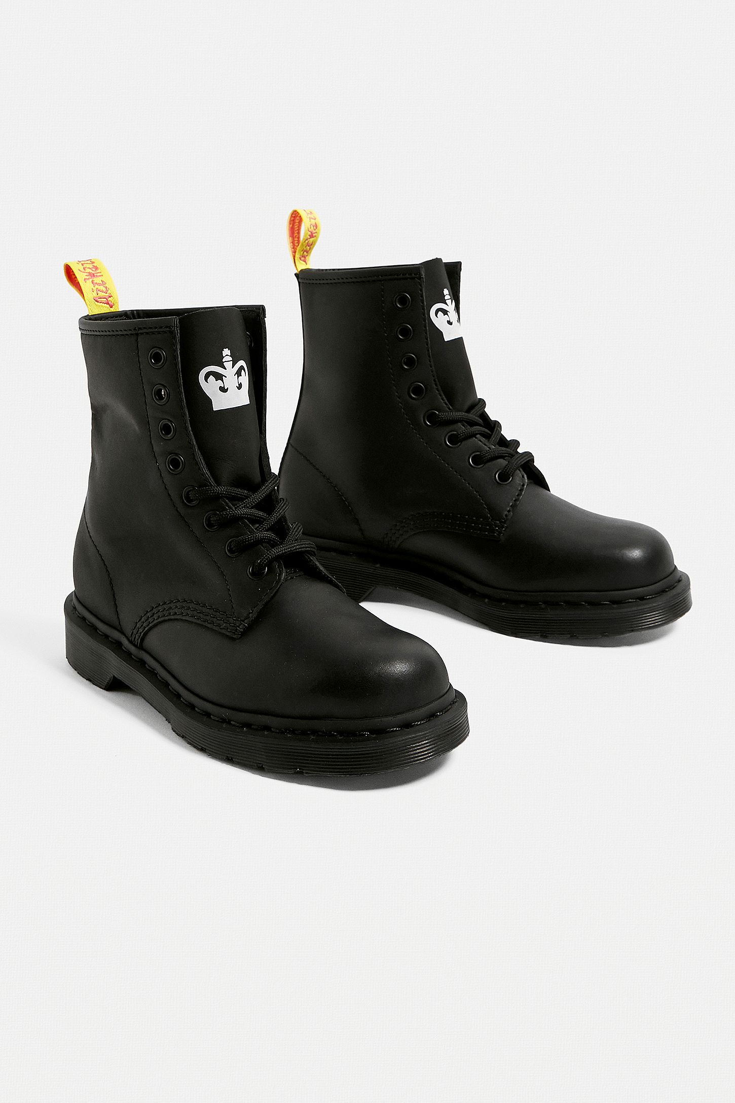 günstig Fabrik beste Auswahl an Dr. Martens x Sex Pistols 1460 8-Eye Black Boots