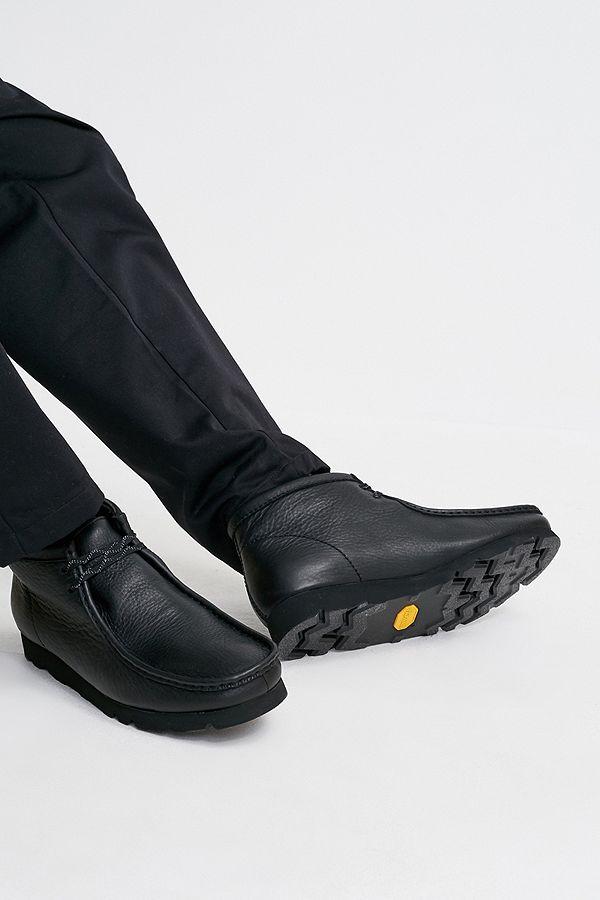 """Clarks – GORE TEX Schuhe """"Wallabees"""" in Schwarz"""