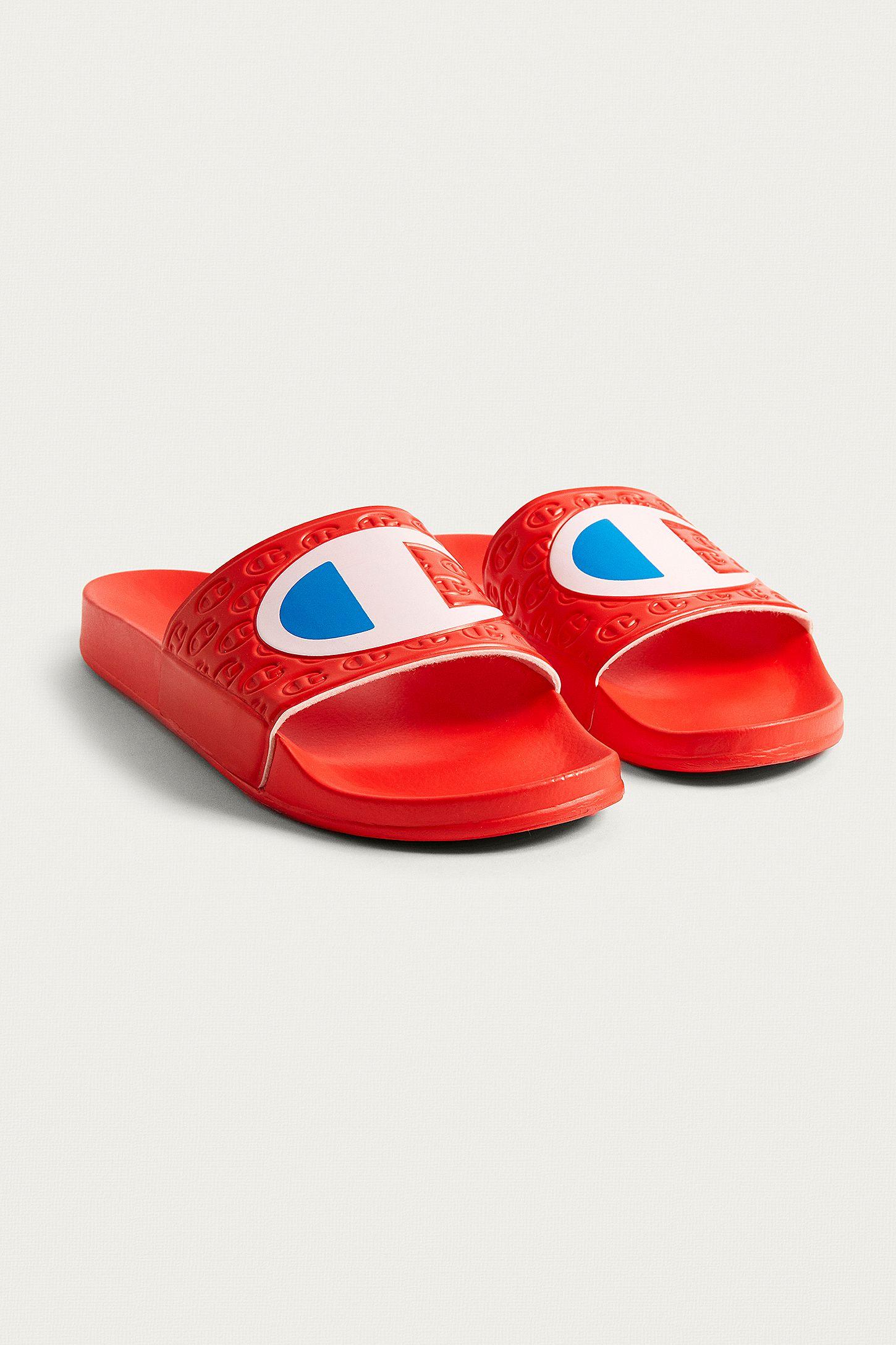 5269b5e9510427 Champion Red Logo Pool Sliders