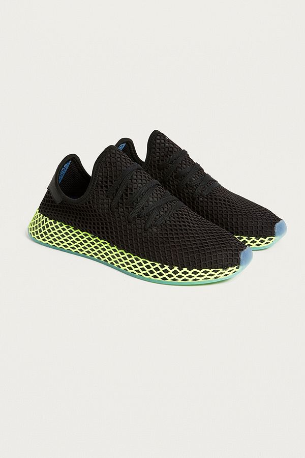 b52096ba4 adidas Deerupt Black Running Trainers