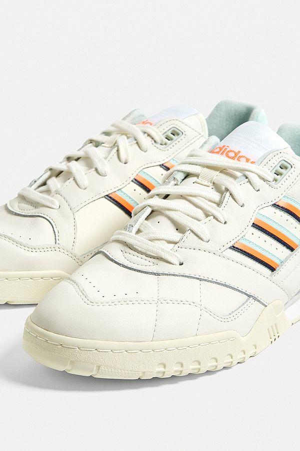 adidas A.R. Trainer Schuh Weiß   adidas Switzerland