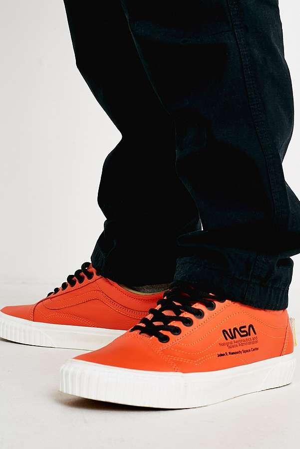 Sales promotion outlet boutique super specials Vans Space Voyager Old Skool NASA Orange Trainers