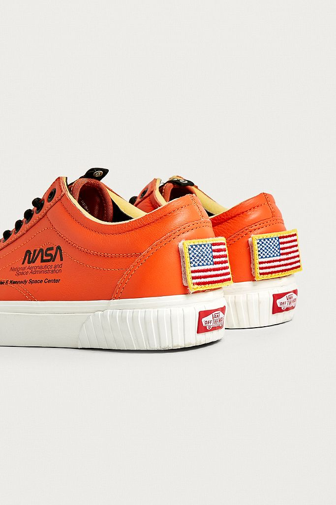 Space Voyager Old Skool Nasa Orange Trainers