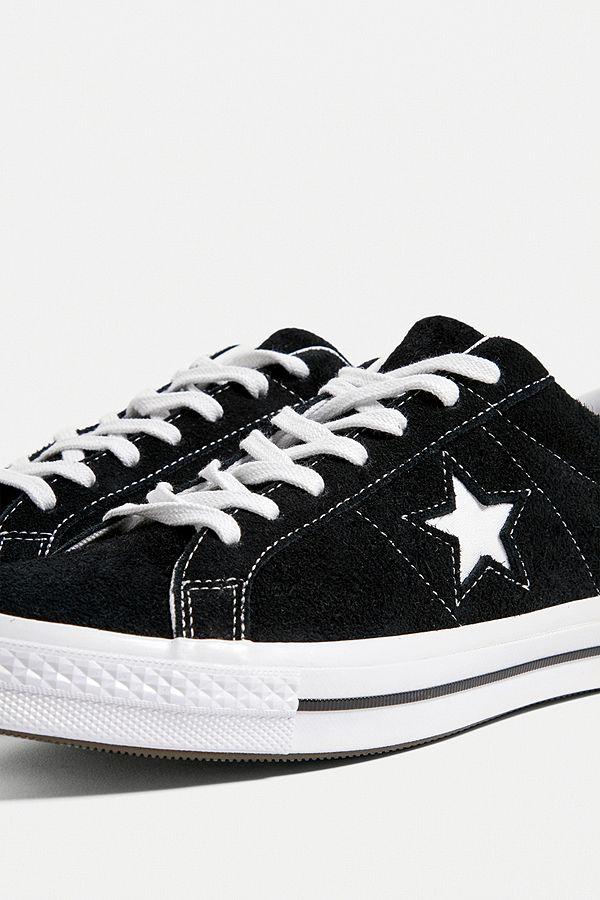 """Converse – Sneaker """"One Star"""" aus Wildleder in Schwarz"""