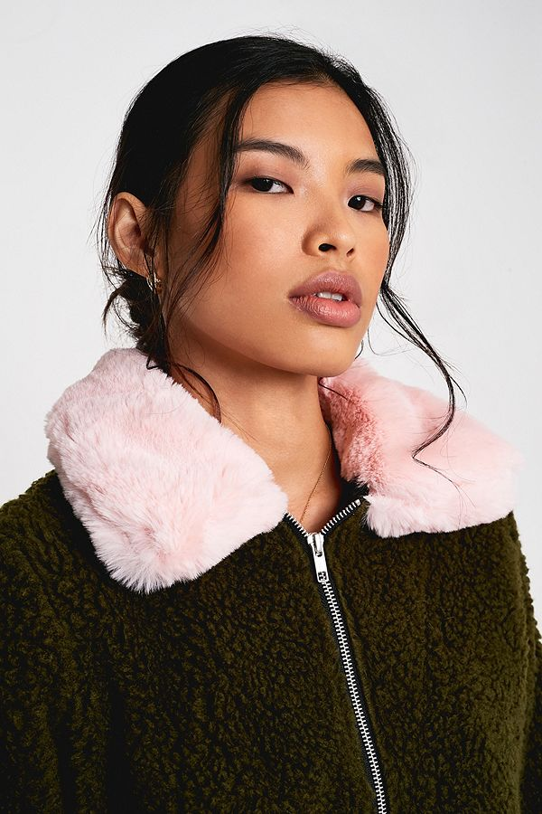 f78708964d2 Slide View: 1: Urban Renewal Made From Remnants Pink Faux Fur Collar Teddy  Jacket