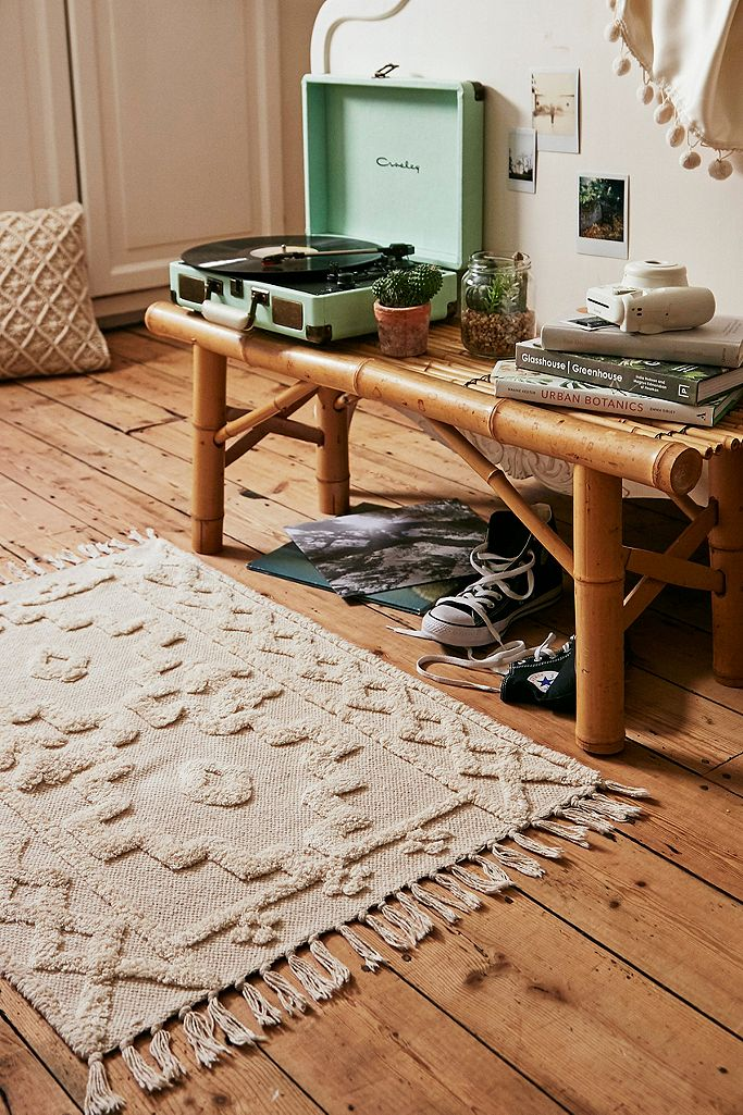 Isidora Tufted Rug Urban Outfitters Uk
