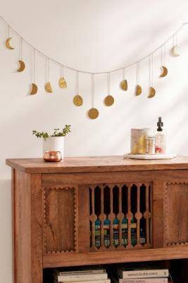 Guirlande à motifs lunes | Urban Outfitters FR