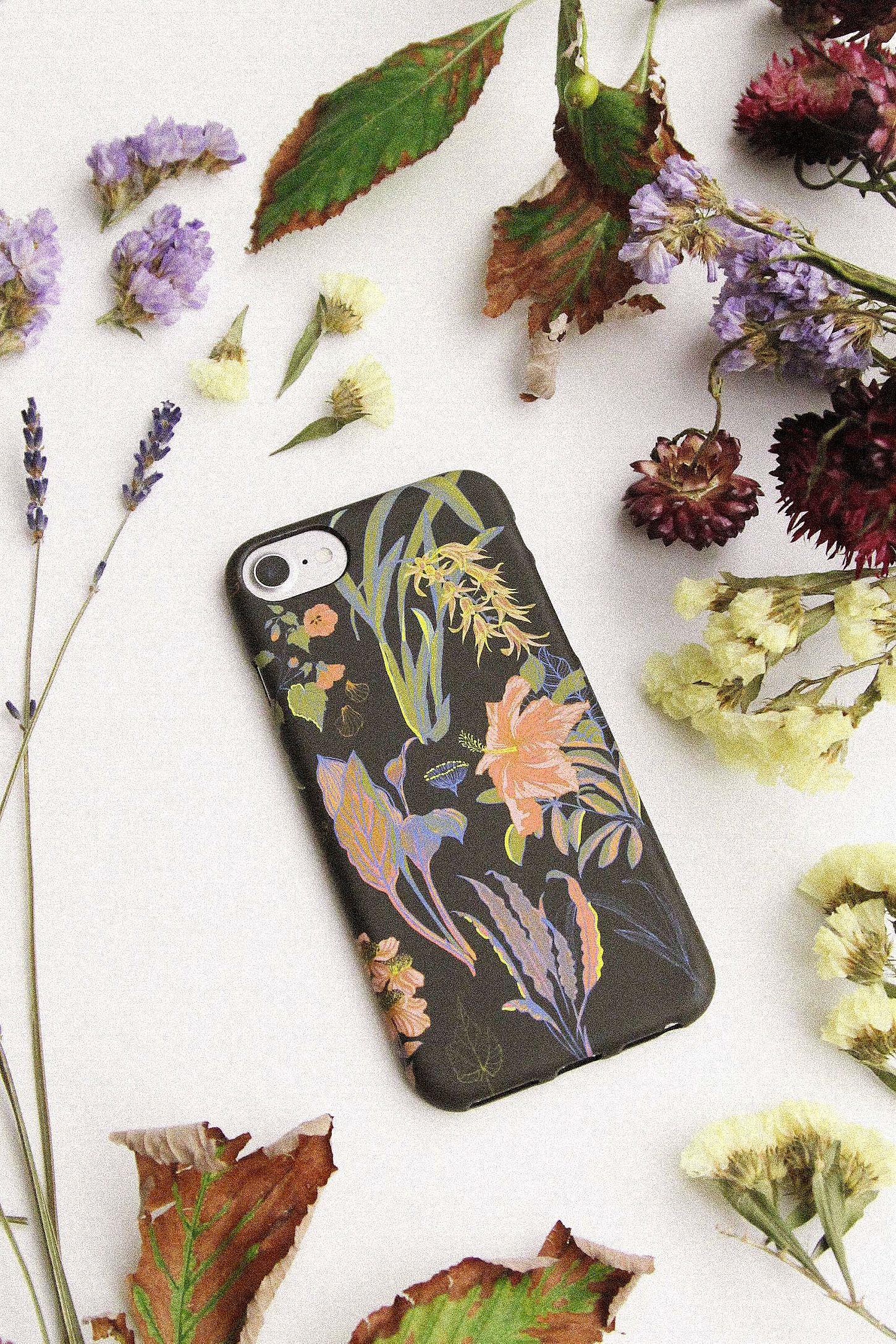 buy popular b06ca 4fc66 Black Floral iPhone 6/6s/7/8 Case