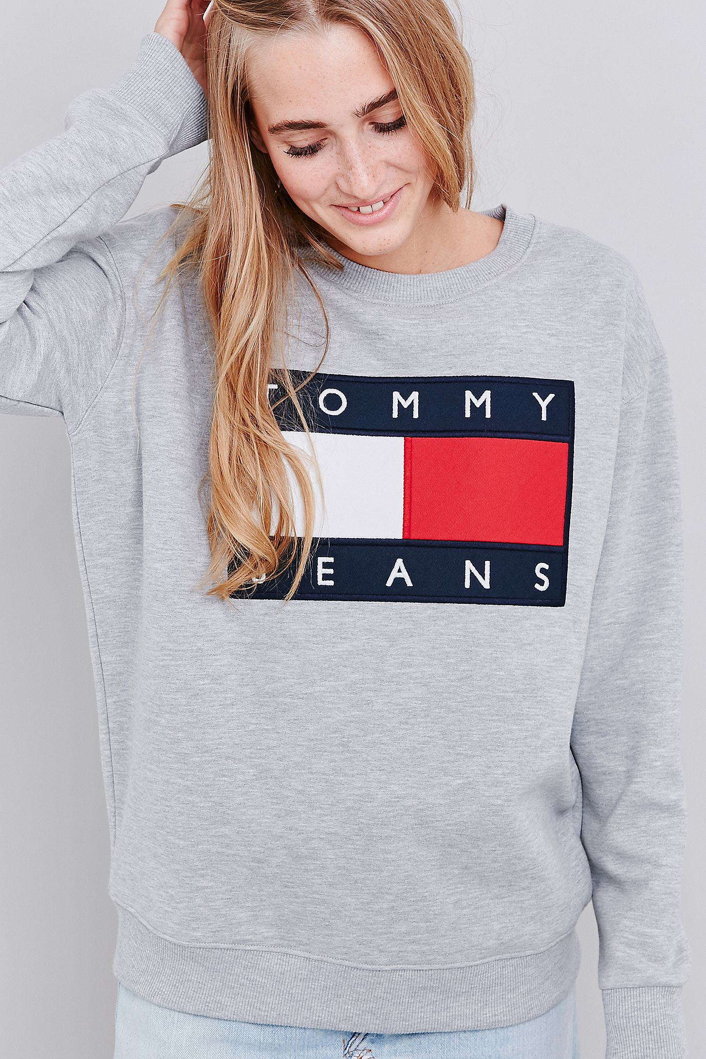ceb023def16 UO Exclusive Tommy Jeans Grey Crew Neck Sweatshirt