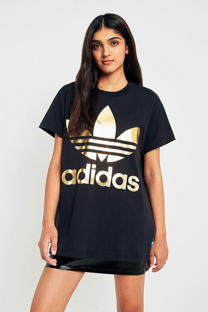 sin cable Adiós Boda  adidas Originals Big Metallic Trefoil Black T-Shirt | Urban Outfitters UK