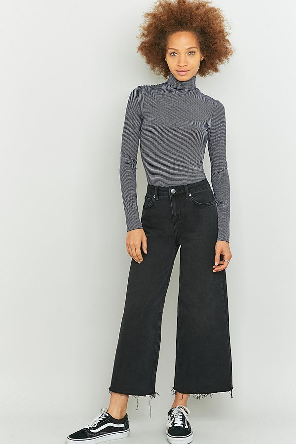 URBAN OUTFITTERS BDG Flood Cropped Wide Leg Jeans in 2020