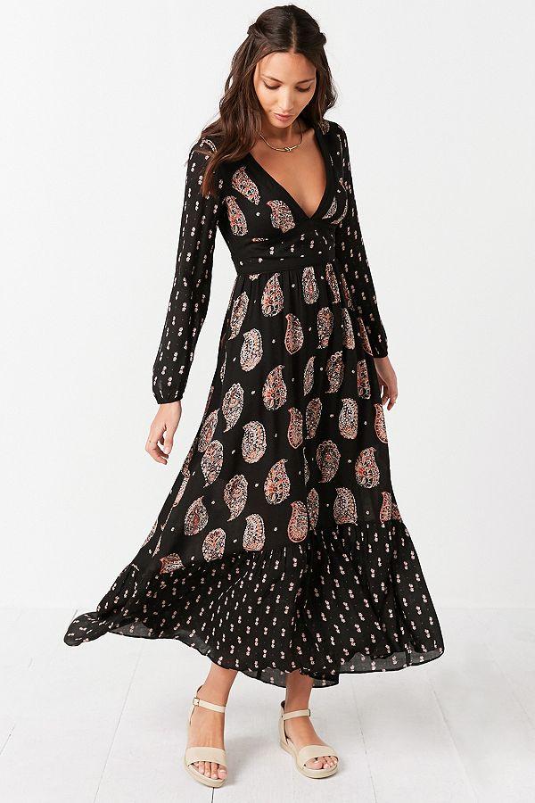 d0f86e68d7 Ecote Prairie Mixed Print Long-Sleeve Black Maxi Dress | Urban ...