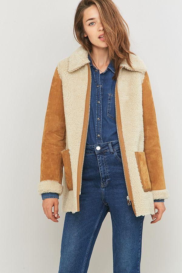 Urban Outfitters – Mantel aus Kunstpelz in Taupe mit Reißverschluss