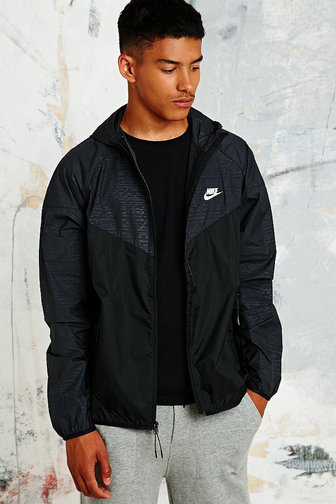 Nike Textured Windbreaker Jacket in Black | Urban Outfitters FR