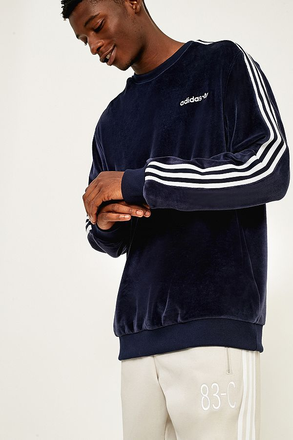 "adidas – Sweatshirt ""Legend"" aus Velours in Tintenblau"