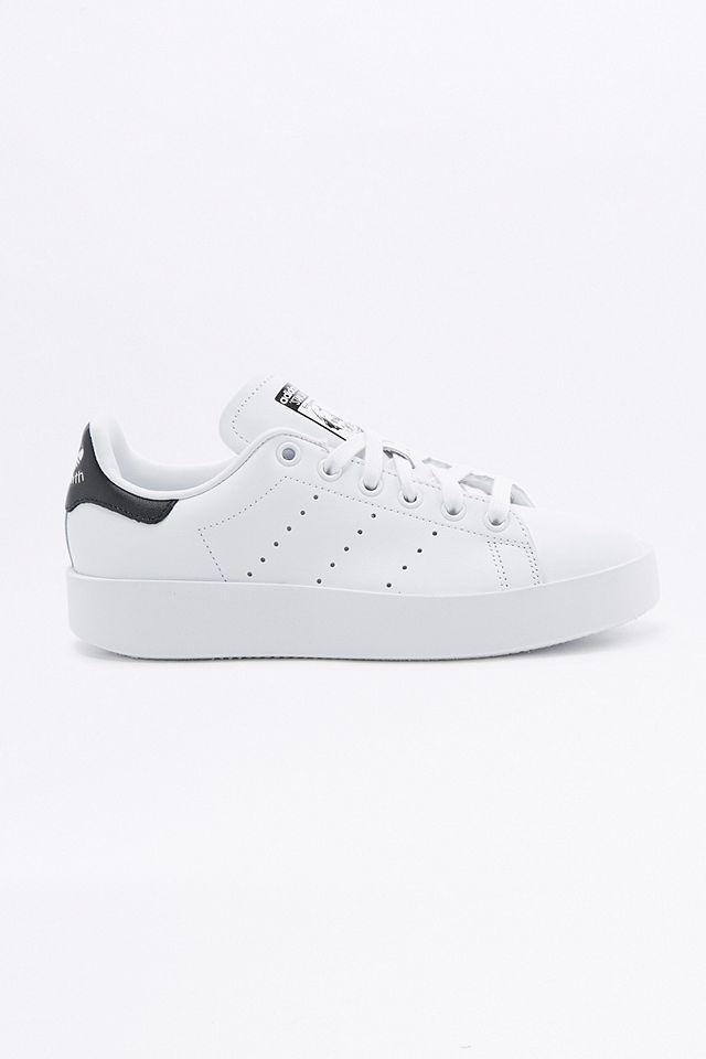 adidas Originals - Baskets plateformes Stan Smith blanches et bleu ...