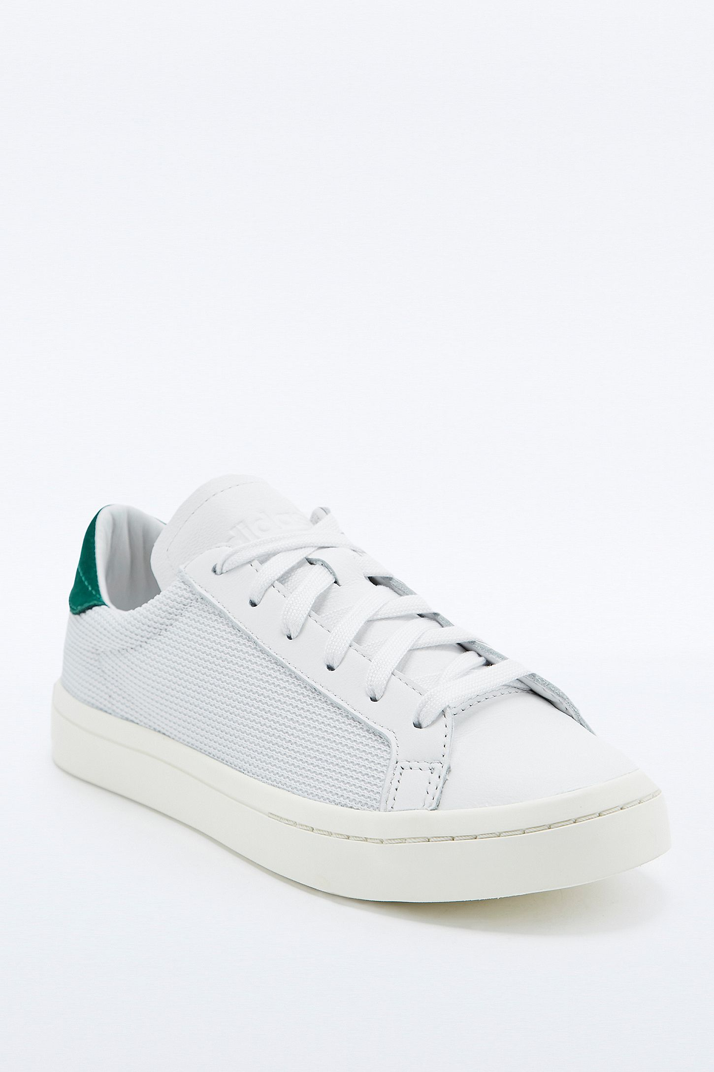 Baskets or ADIDAS COURTVANTAGE Bessec | Things