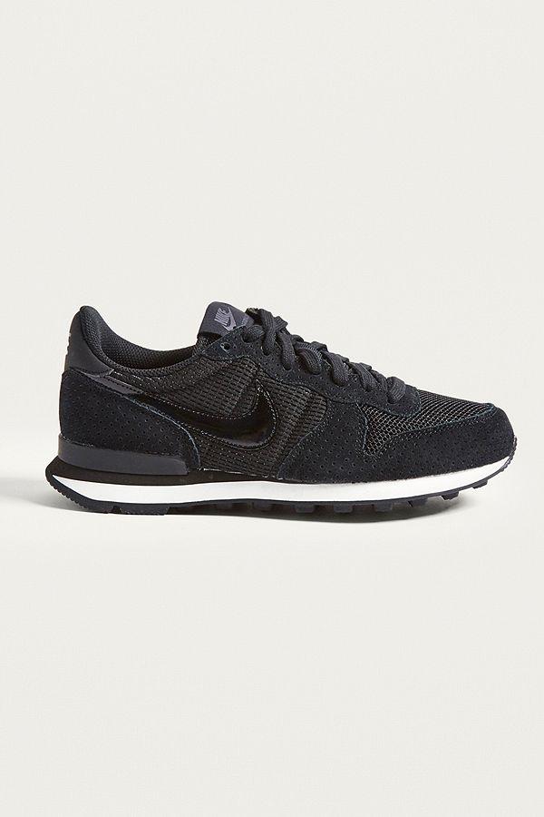 huge discount f16d0 db6fa Nike Internationalist Trainers | Urban Outfitters UK