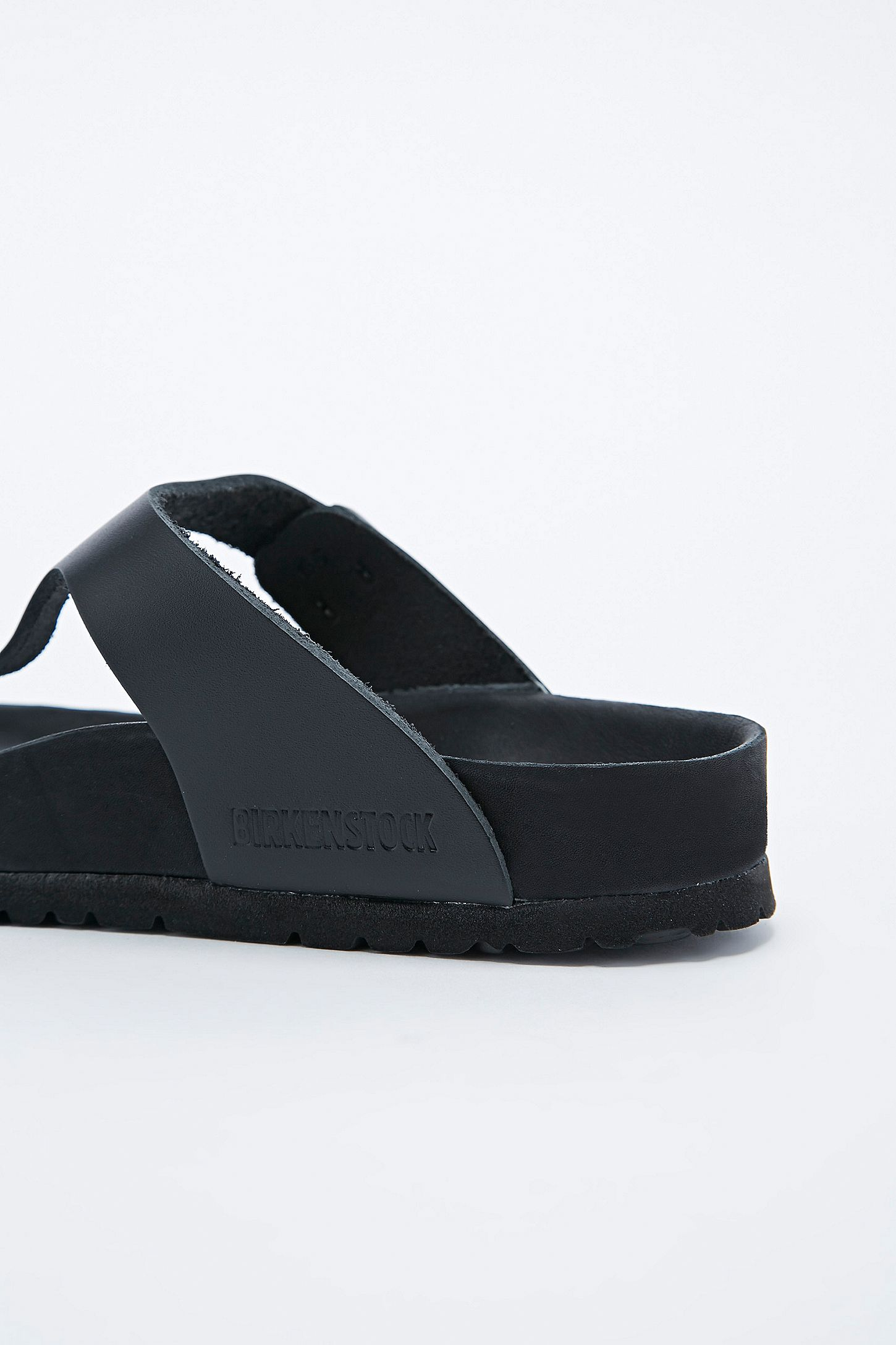 672a08cc7761 Slide View  5  Birkenstock Gizeh Exquisite Leather Sandals in Black