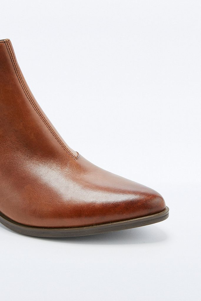 "Vagabond – Chelsea Ankle Boots ""Emira"" in Hellbraun"
