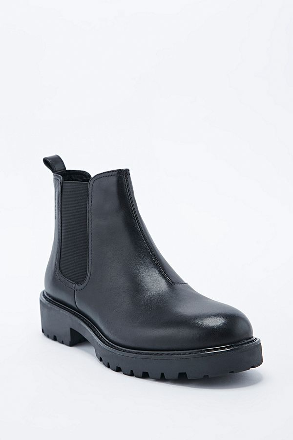 e6536633481 Vagabond Kenova Chelsea Boots in Black