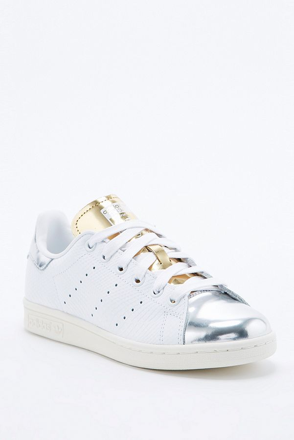 finest selection dac82 0affb adidas Originals Stan Smith Silver Toe Trainer | Urban ...
