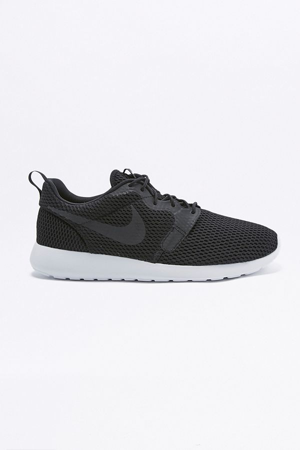 7a79eaefd87b Slide View  1  Nike Roshe One Hyper Breathe Black Trainers