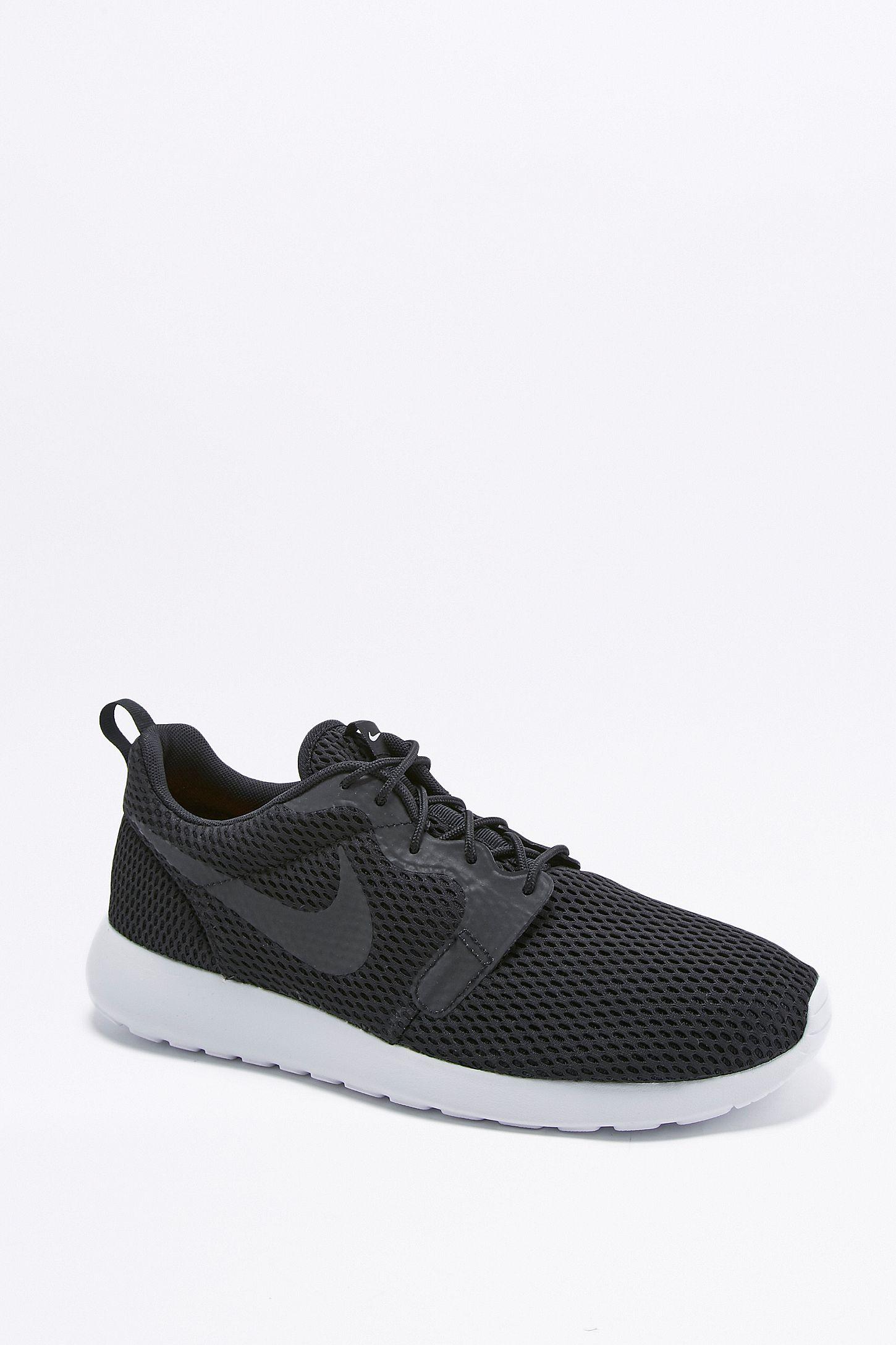 3f4b6f7f174d Slide View  5  Nike Roshe One Hyper Breathe Black Trainers