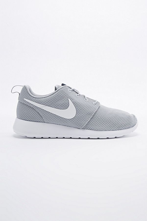 6f8d5449b49a3 Slide View  1  Nike Roshe Run Trainers in Wolf Grey