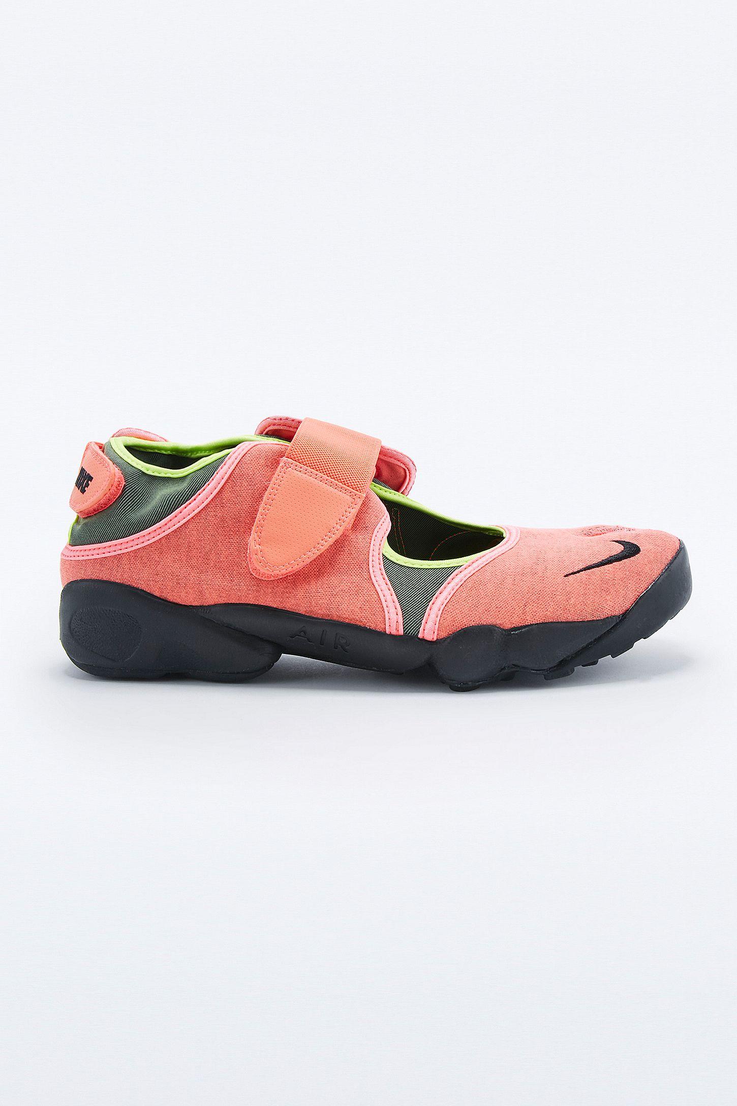 fbf0aff0f12b Nike Air Rift Trainers in Hot Lava