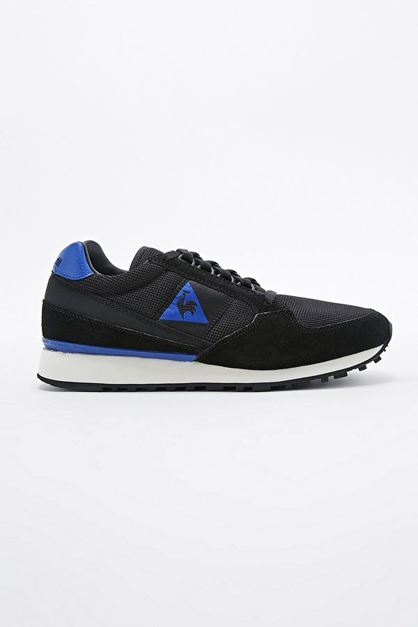 68bf7b35b4 Le Coq Sportif Eclat 89 Trainers in Black | Urban Outfitters UK