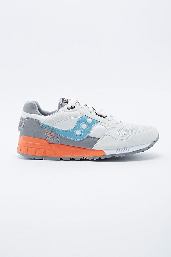 a5bac33f2548 Slide View  1  Saucony Shadow 5000 in Grey and Blue