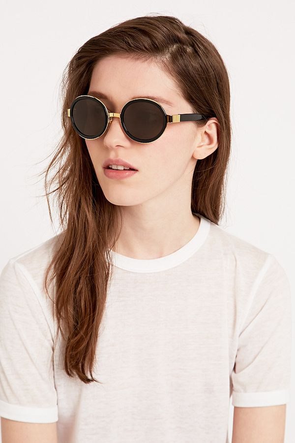 iso ale tehdashinta alhainen hinta Retro Super Future Santa Sunglasses in Black | Urban ...