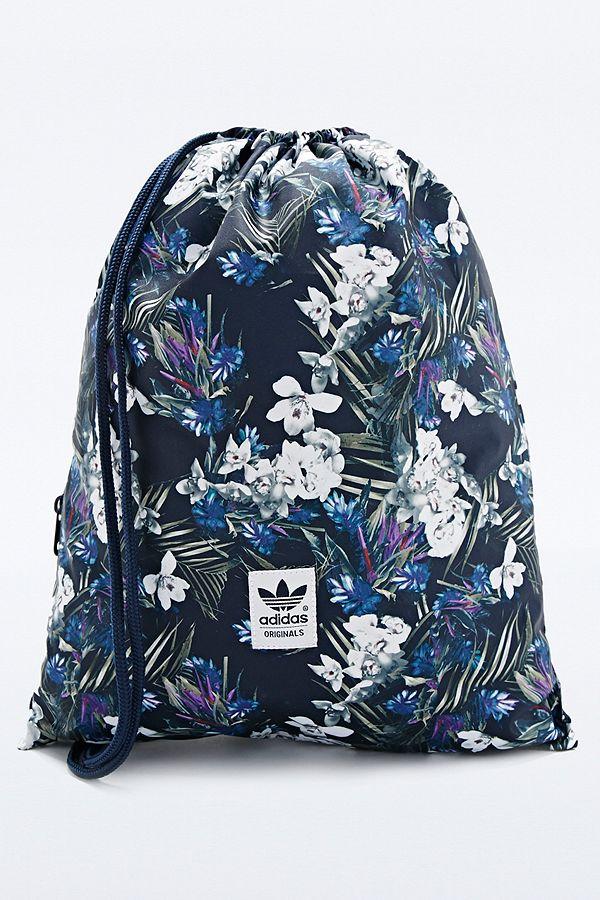 78d690556886e adidas – Sportbeutel mit dunklem Blumenmuster
