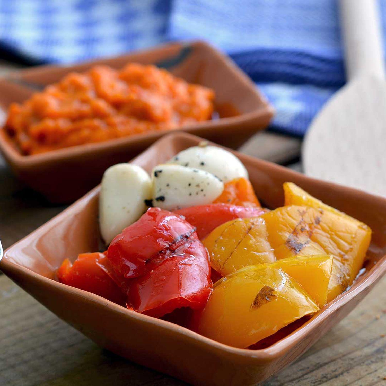 Eingelegte Paprika mit Knoblauch
