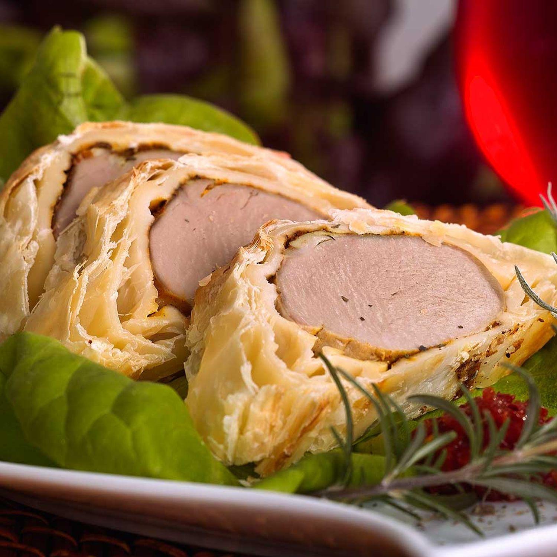 Schweinefilets im Blätterteig, Kräutersauce und Kürbisrisotto