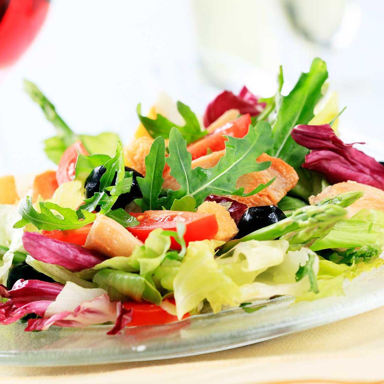 Spargel-Zuckererbsen-Salat mit Chicorée