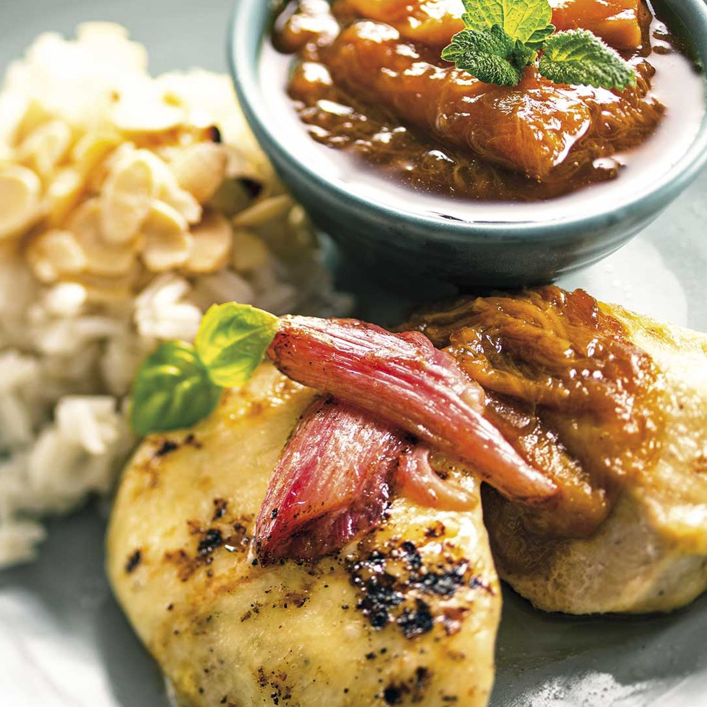 Gratiniertes Hühnchen mit Rhabarber-Chutney