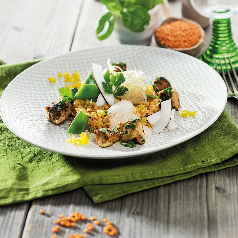 Rote Linsen-Curry mit Kokos & Koriander-Huhn